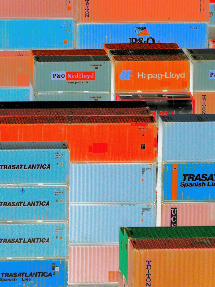 Valparaiso containers